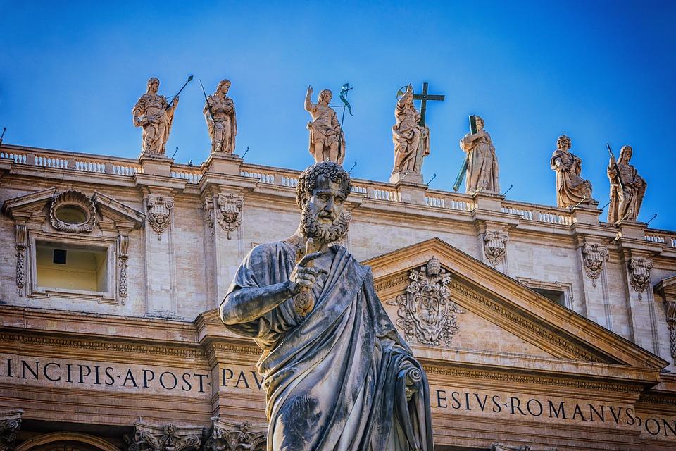 Basílica de São Pedro - Estátua de São Pedro